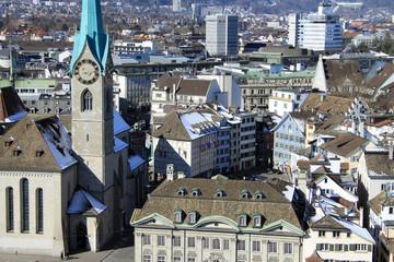Altstadtpanorama Zürich mit Fraumünster