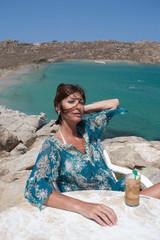 Donna al Bar al mare