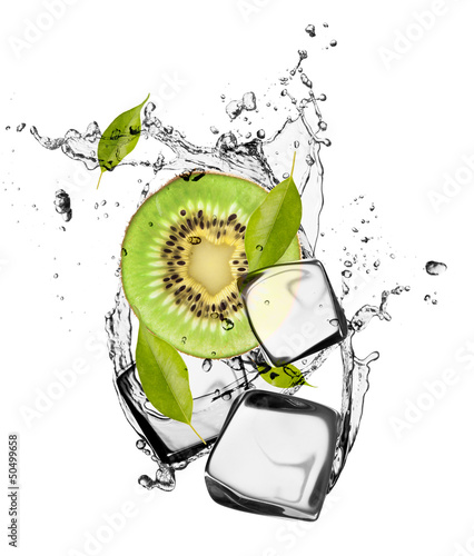 Poster In het ijs Kiwi with ice cubes, isolated on white background