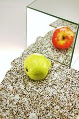 dubioses Spiegelbild einer Birne
