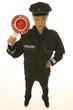 Polizistin mit Polizeikelle