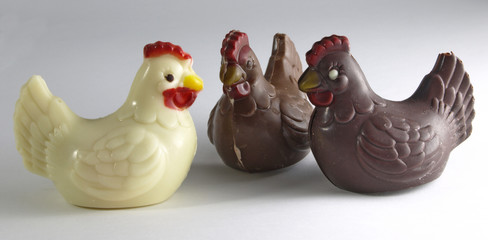 3 cocottes de Pâques en chocolat
