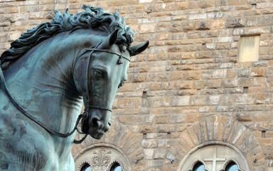 Dettaglio statua cavallo