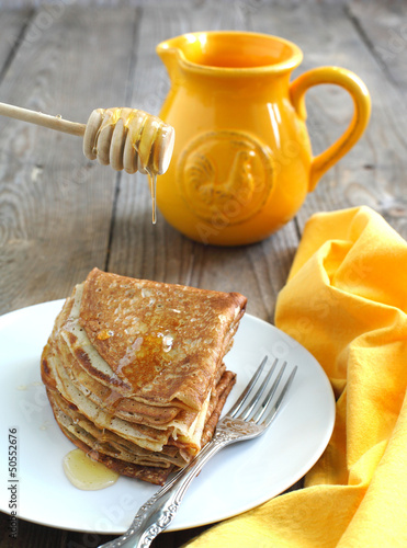 Crepes with honey