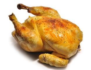 Pollo asado sobre fondo blanco.