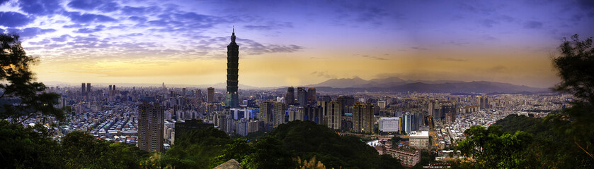 Full view sunset of Taipei city
