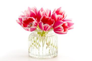 Tulpen in einer Glasvase