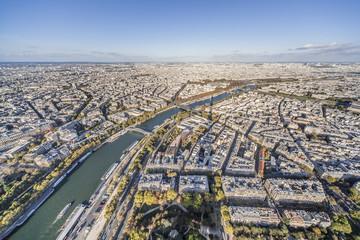 panorama de la ville de Paris et seine vue de la tour Effeil