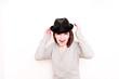 junge Frau mit Hut