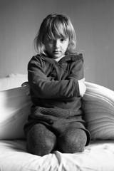 Bambina offesa in BN