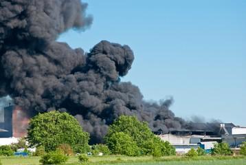 Brand im Industriegebiet