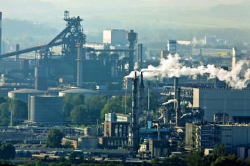 Schlote der Metallindustrie