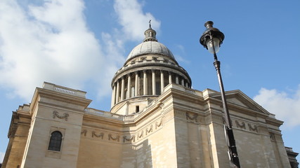 The Pantheon and Street Lamp. Timelapse.