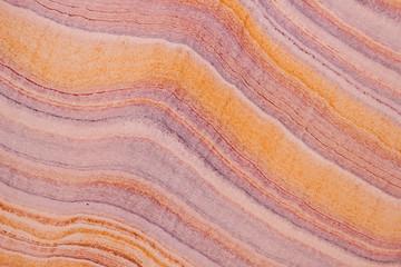 Marmorstein mit Streifen