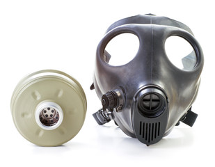 Gas mask and filter