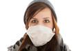 Das junge Mädchen mit dem Mundschutz