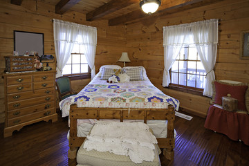 Traditional children bedroom