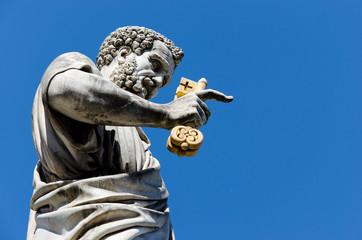 Petrus Statue mit Schlüssel Petersdom Rom - Saint Peter Rome