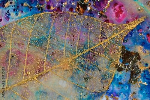 Gold Filigree Leaf 1