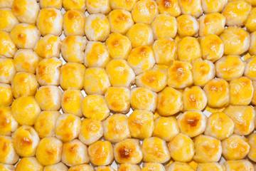 "chinese dessert  called"" Kanom Pia"" in Thiland street market"