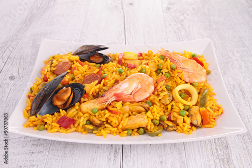 cooked paella