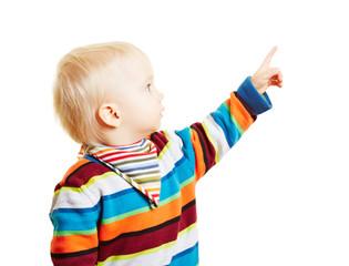 Kind zeigt mit Finger nach oben