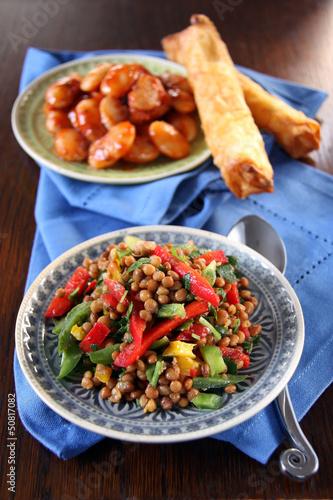 linsensalat, bohnensalat und sigara böregi