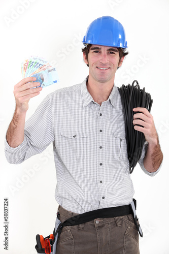 Electrician making savings