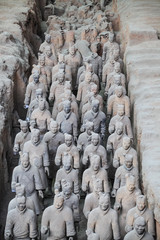 many terracotta warriors in the pit