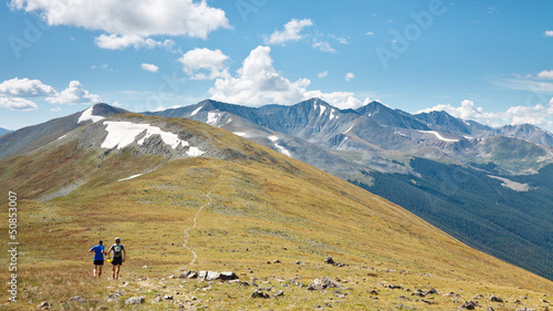 Trail Running in the Rocky Mountains, Coloroado © Patrick Poendl