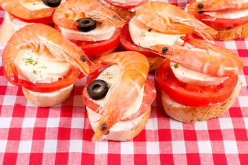 Shrimp time