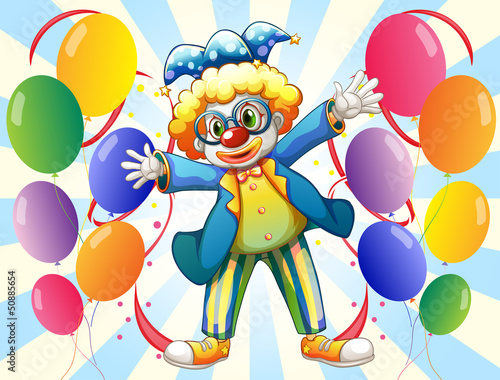 A male clown and the twelve balloons