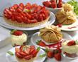 tartes, tartelettes et crêpes aux fraises