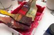 Farbschale im Kunstatelier