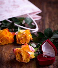 Roses and brilliants as a gift