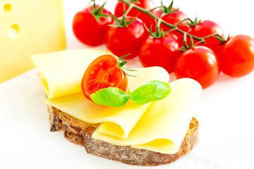 Sandwich with cheese and tomatoes
