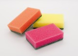 Colour sponges