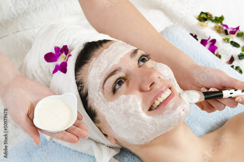 Facial White Mask