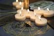 Aufsicht auf ritualmagisches Zubehör