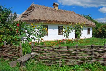 Сельский дом. Украина