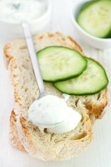 yogurt cucumber sauce with bread