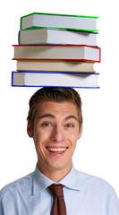 Varios libros sobre la cabeza de un hombre,joven estudioso.