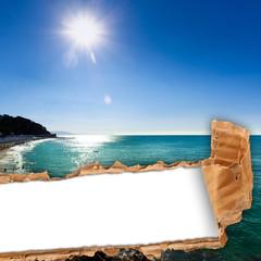 cartolina strappata con paesaggio di mare