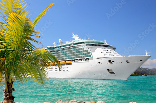 Poster Luxury Cruise Ship Sailing from Port