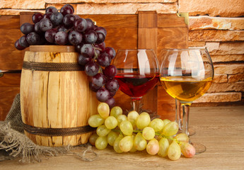 composition of wine,box and grapes
