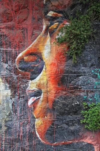 cara de mujer graffiti 2914f