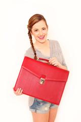hübsche Frau mit Tasche