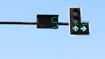 Traffic light , green light