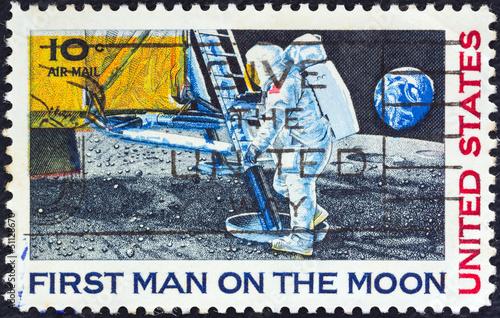 Leinwandbild Motiv Neil Armstrong setting foot on Moon (USA 1969)
