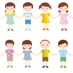 並ぶ 手をつなぐ 子供たち